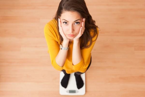 Картинки по запросу mulher na balanca