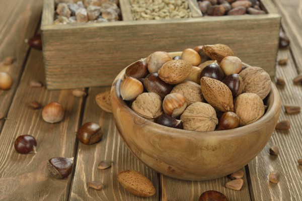 Frutos secos, alimento para combatir el frío